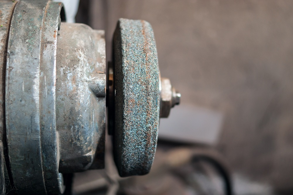 How to Change a Bench Grinder Wheel