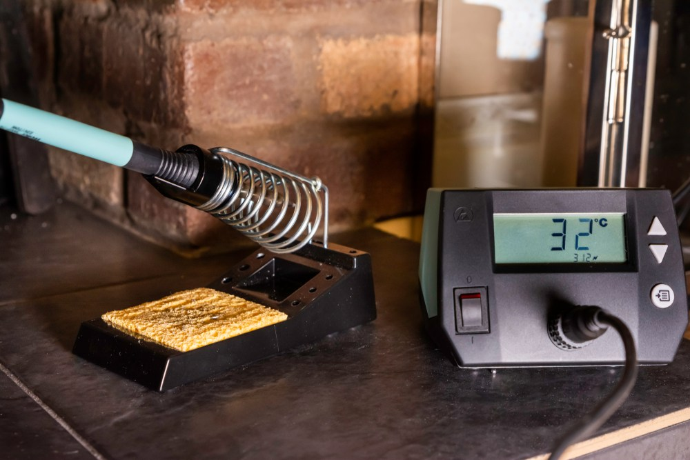 How Long Does It Take for a Soldering Iron to Heat Up?