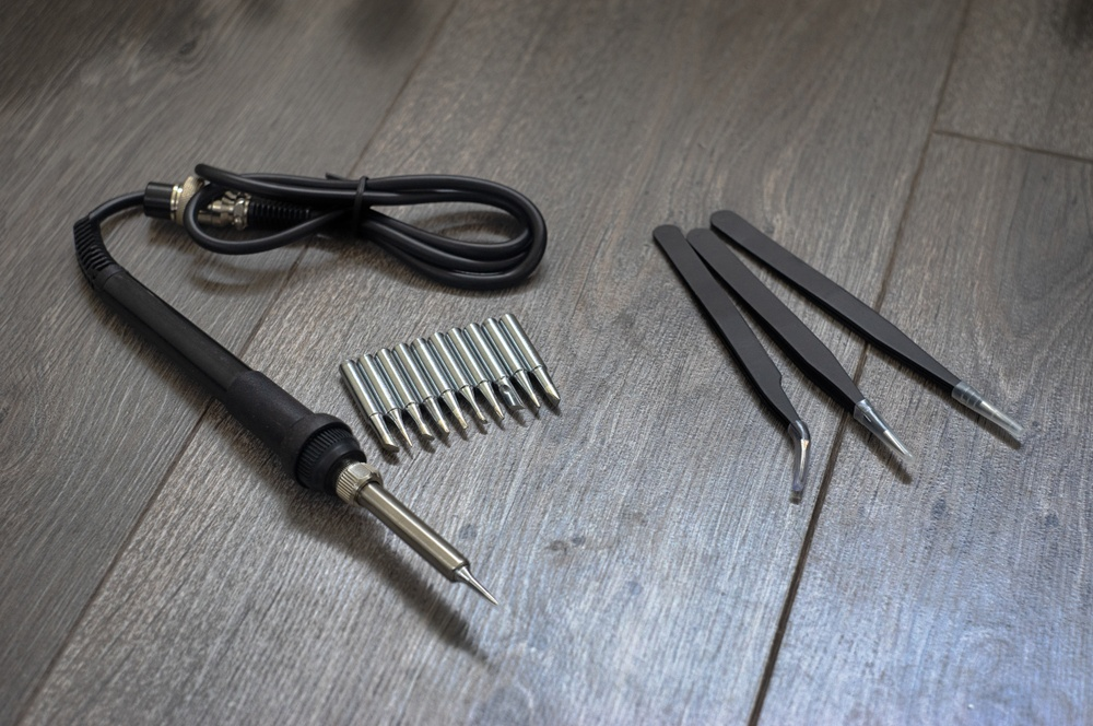 How to Remove a Soldering Iron Tip