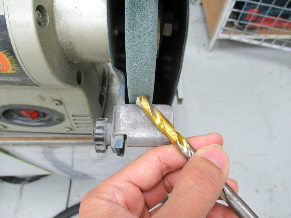 How to Sharpen a Drill Bit with a Bench Grinder