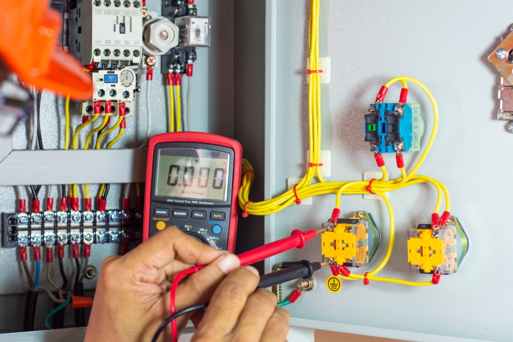 How to test Fuses and Relays with a Multimeter