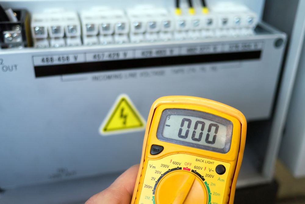 How to Measure DC Amps with a Digital Multimeter