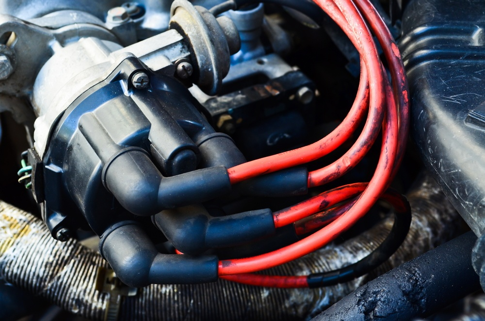 How to Test a Distributor Cap with a Multimeter