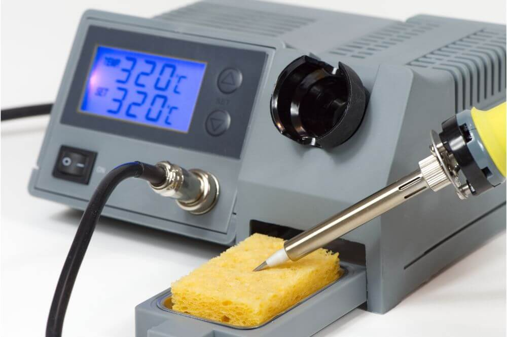 What Is the Average Temperature of a Heated Soldering Iron?
