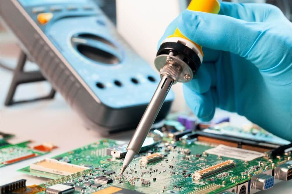 What Temperature Soldering Iron Is Best for Pcb?