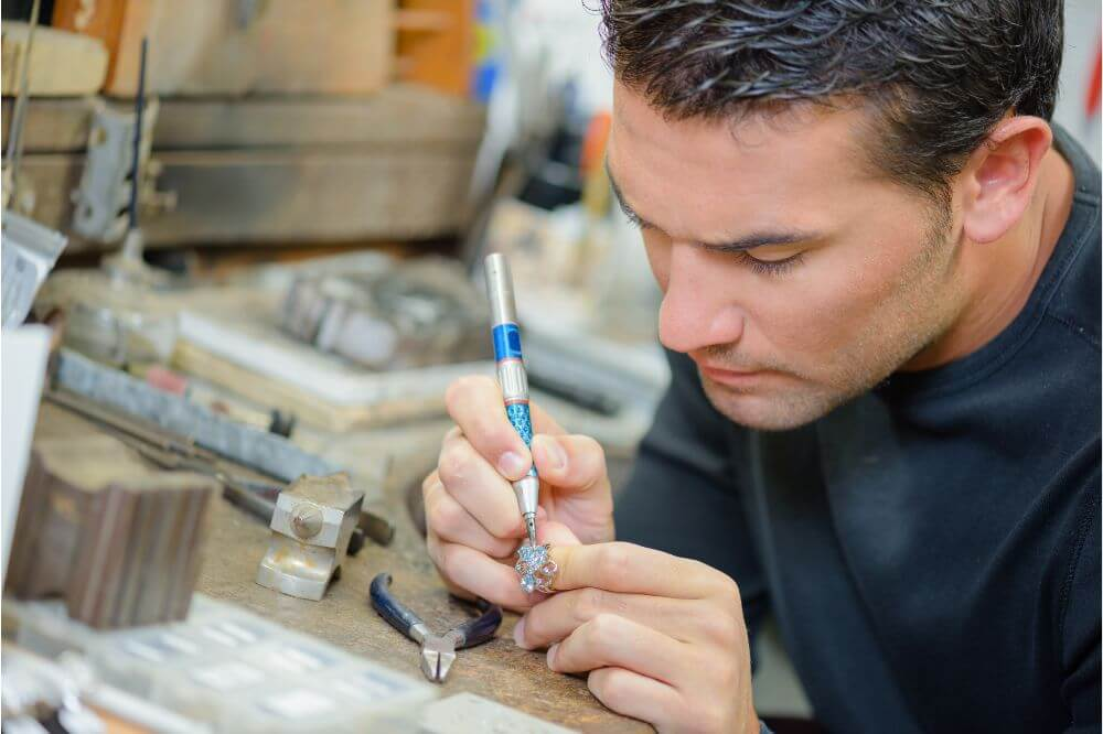 How to Repair Jewelry with a Soldering Iron