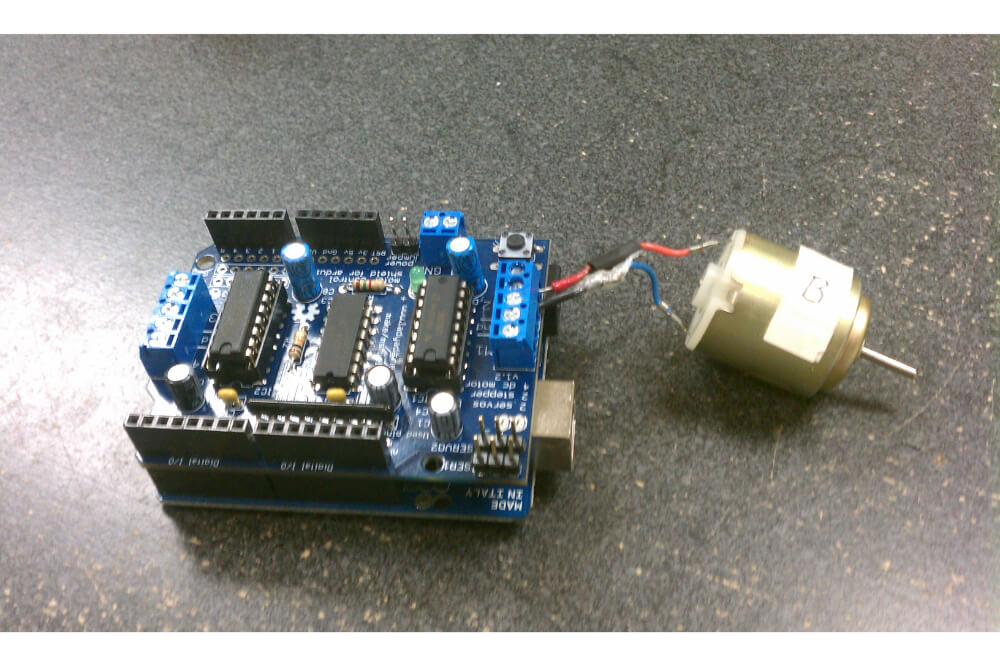 How to Interface a Servo Motor with Arduino?